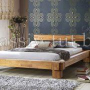 Кровать из массива дуба «Виктория» в интерьере